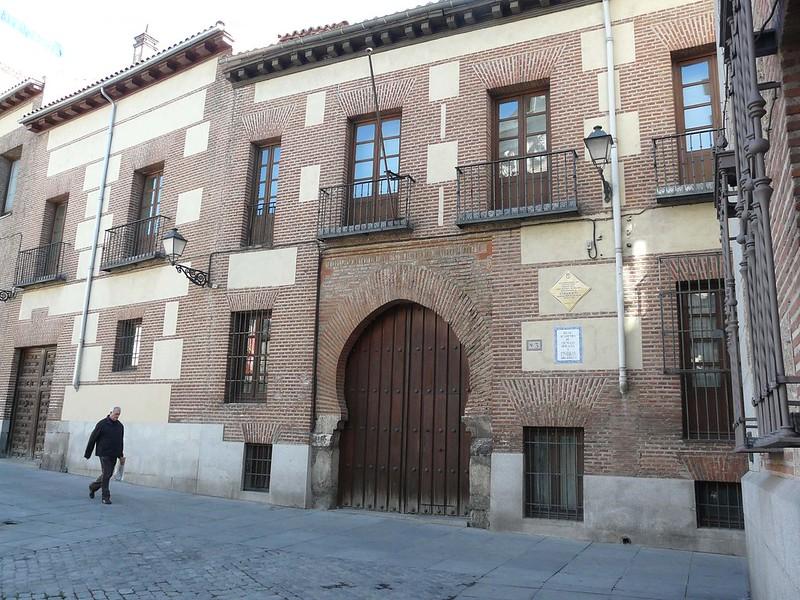 Casa de los Lujanes