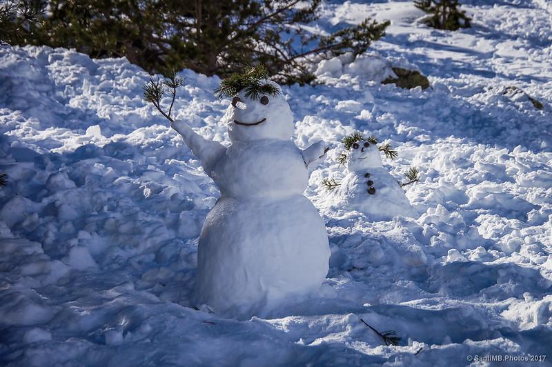 Muñecos de nieve en Núria