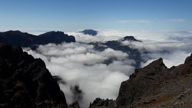 Mar de nubes en el Roque de los Muchachos