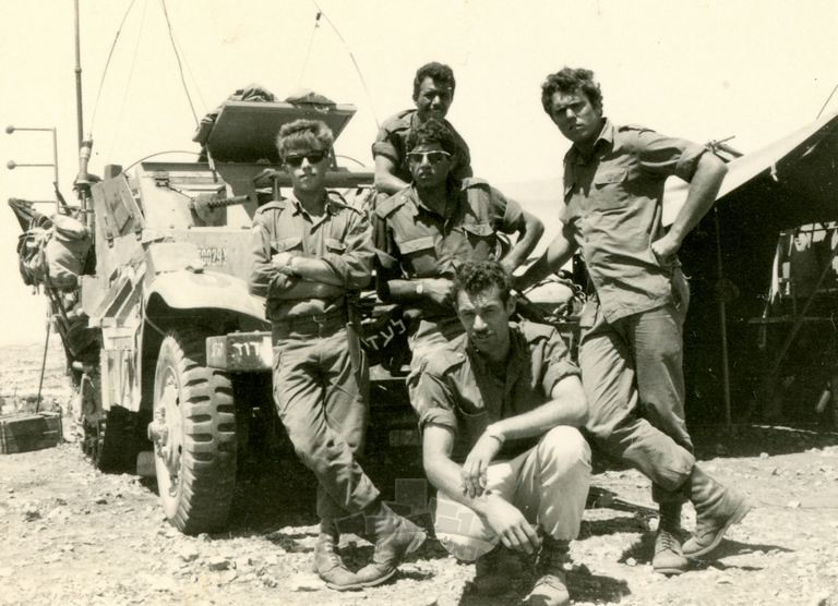 M3-halftrack-sinai-1967-ybz-1