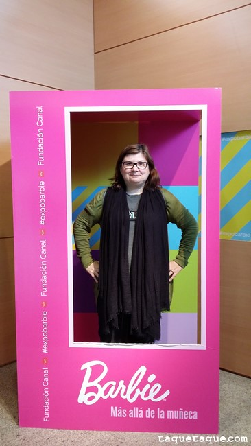 Taqué-Taqué en la caja de Barbie al final de la Exposición