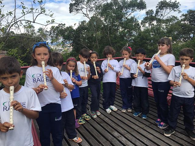 Aprendendo a tocar flauta doce