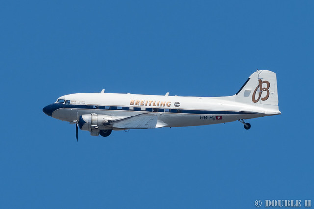 BREITLING DC-3 over Osaka City (15)