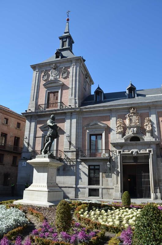 Estátua Alvaro de Bazan