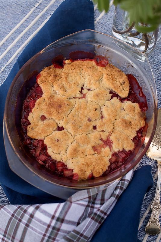 jordbær og rabarbra pai 04