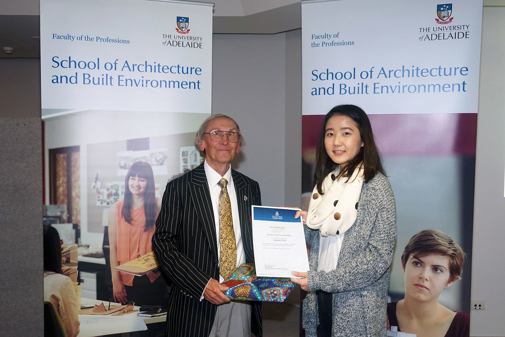 2016 Winner: Valerie Tan - presented by John Walter (Consultant-WBA)