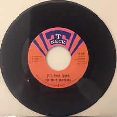 THE ISLEY BROTHERS:IT'S YOUR THING(RECORD SIDE-A)