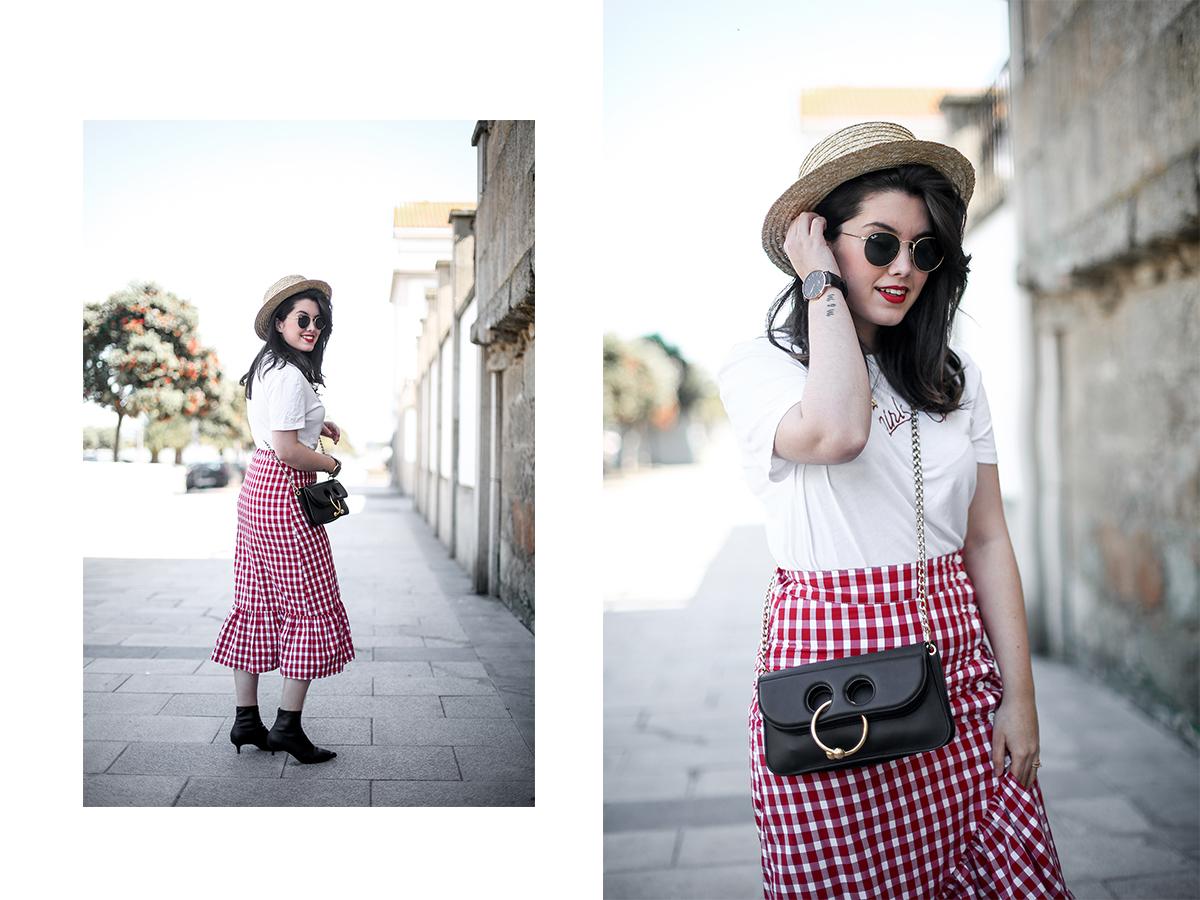 falda-cuadros-vichy-asimetrica-zara-look-jwanderson-farfetch-canotier-myblueberrynightsblog16