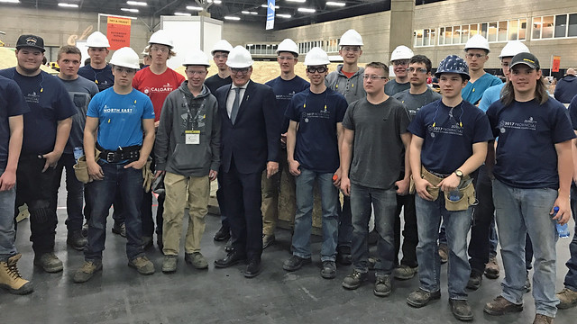 Alberta expands dual credit program for students