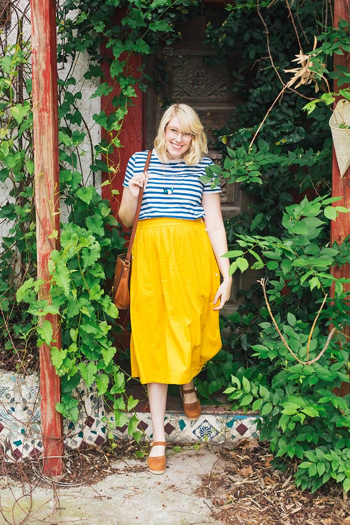 austin style blogger writes like a girl madewell midi skirt19
