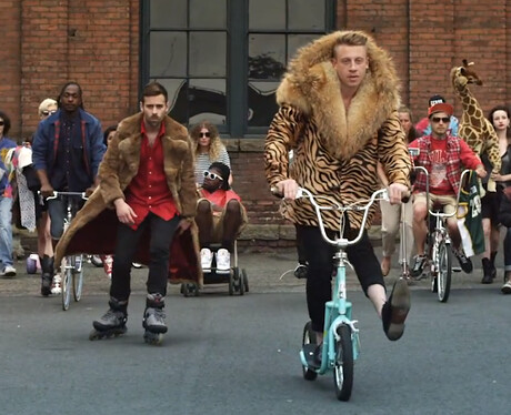 macklemore---thrift-shop-1-1360060702-view-1