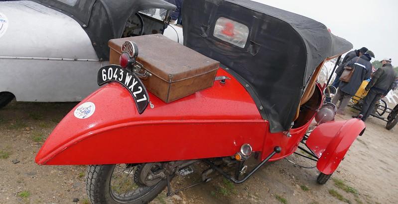 Darmont Morgan rouge - Vintage Revival Linas Montlhéry 2017 34379734932_d18e527ea0_c