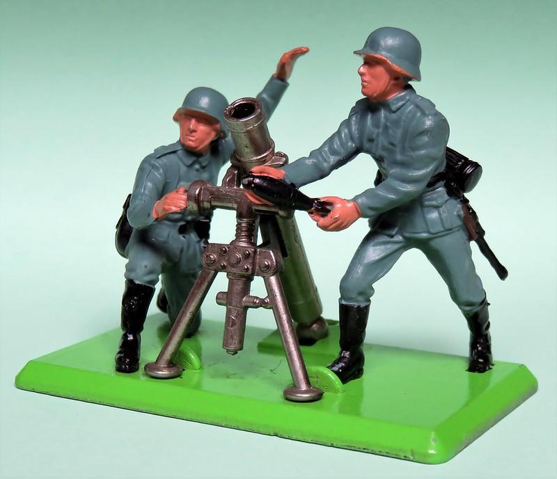 Toy soldiers, cowboys, indians, space men etc 34423668265_e0e131809a_c