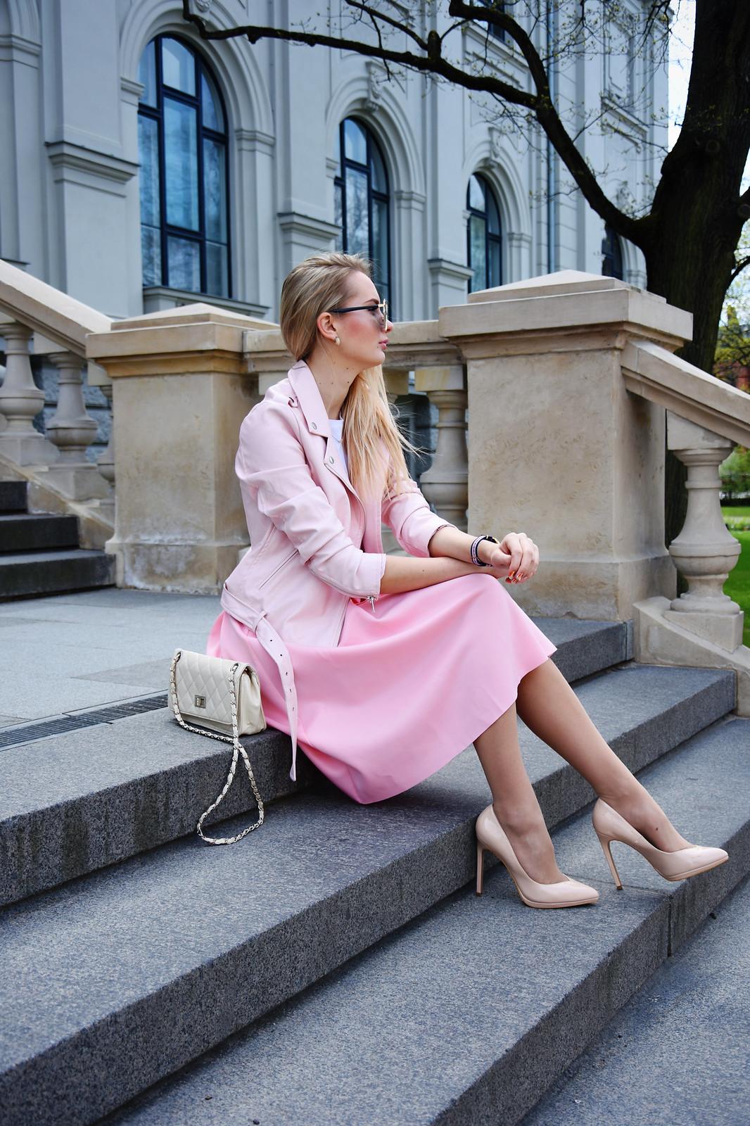 Super feminine spring outfit