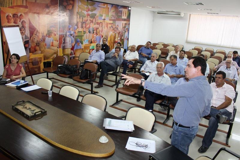 CCCMG recebe reunião itinerante do CNC
