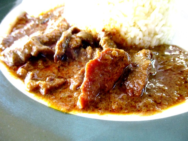 Colourful Cafe curry beef