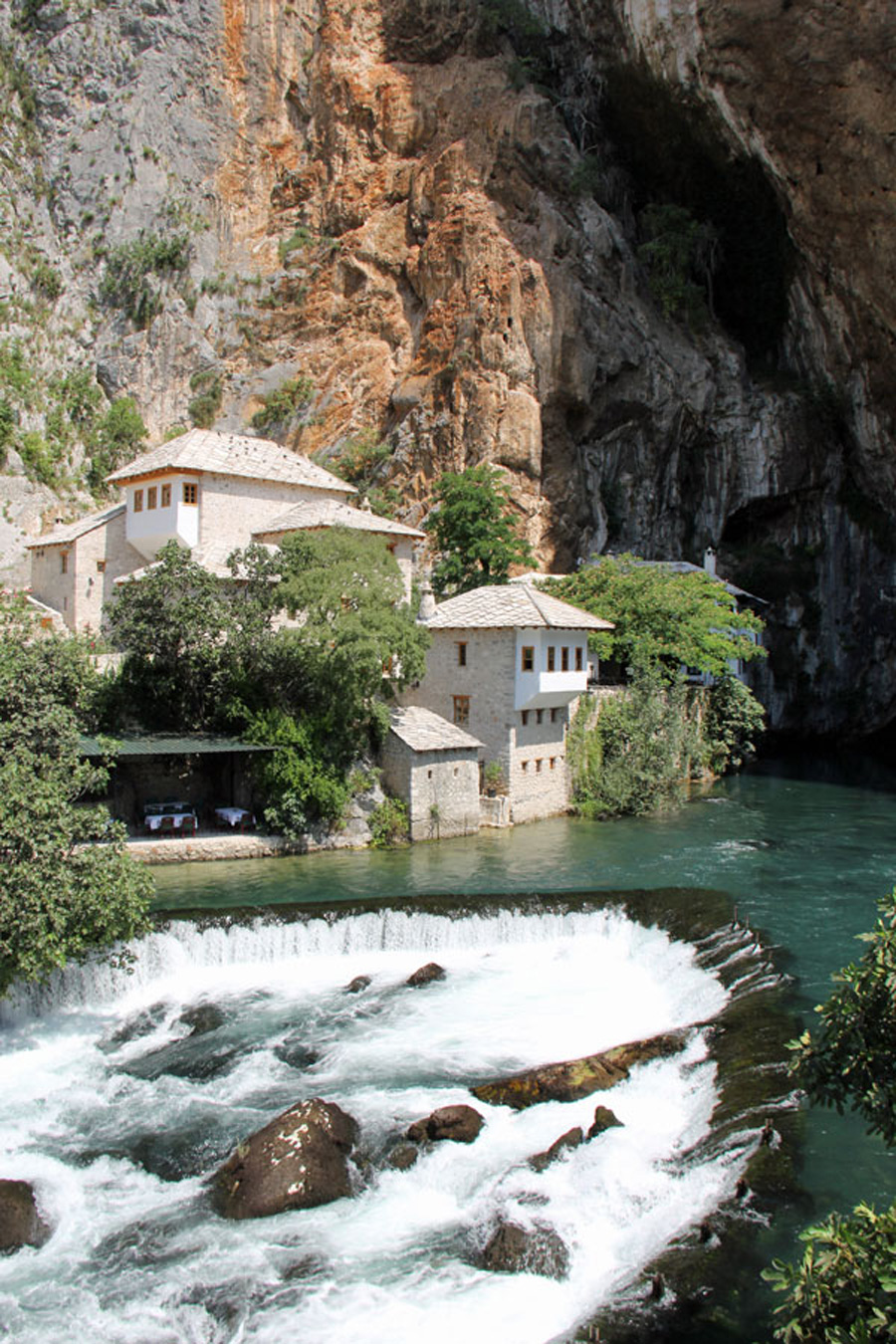 Mostar_vesiluola_web