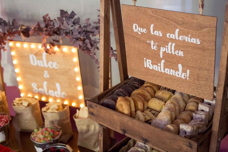 wedding-planner-alicante-candy-bar-decoracion-rustica-vintage-boda-cartel-personalizado-1