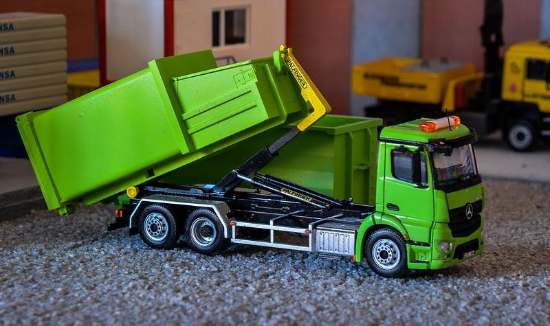 Camiones, transportes especiales y grúas de Darthrraul 33708834453_2cce3c70c2_c