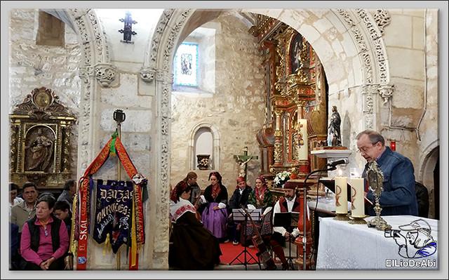 Romeria a Santa Casilda. Procesión, misa y bailes (3)