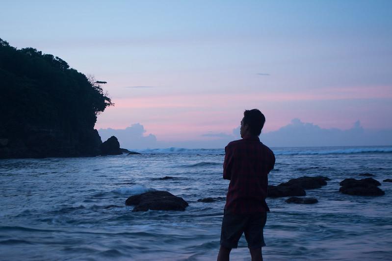 langit pagi di pantai pangi