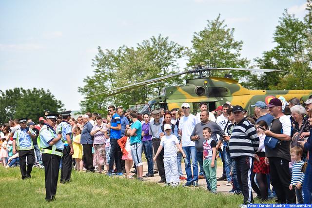 """Miting Aviatic - Festivalul """"Smaranda Braescu"""" - editia 1 Tecuci - part a 3-a"""
