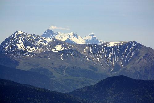 Zoom sur l'Alpe du Grand Serre et l'Obiou