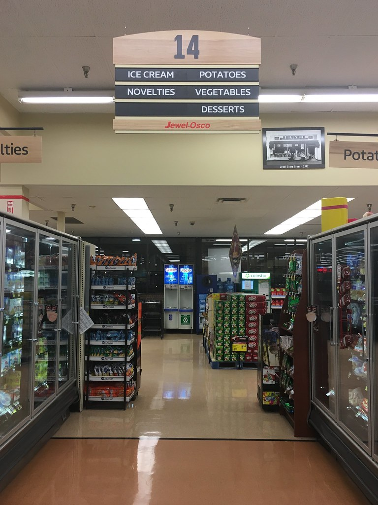 Jewel-Osco, Des Plaines, IL | These are definitely the same … | Flickr