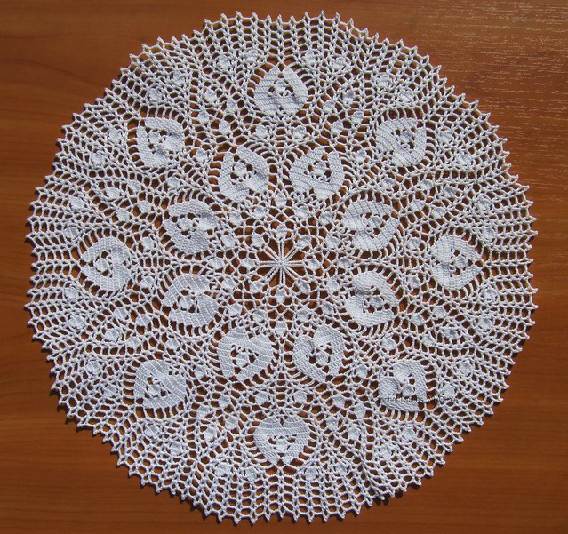 Doily p.9 from Romantic Lace Designs by Ondori
