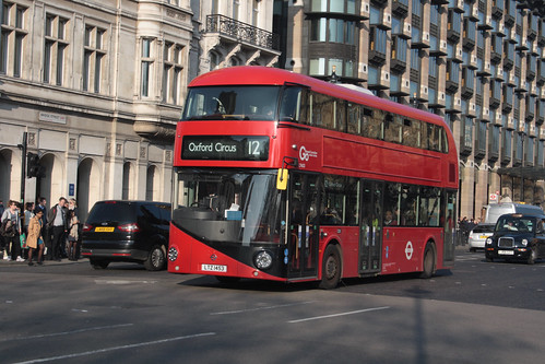 Go-Ahead London LT453 LTZ1453