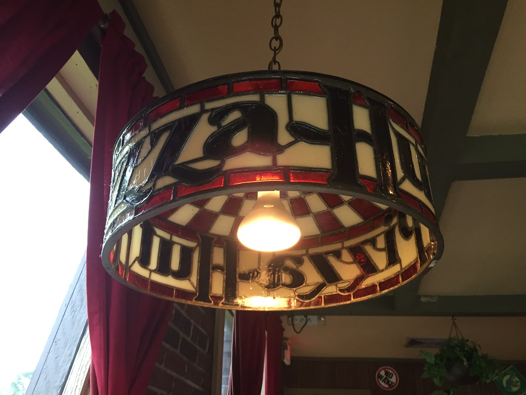 ... Pizza Hut Stain Glass Lamp | By RetailByRyan95