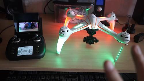 Pigus dronas su kamera iš Kinijos nuskrido