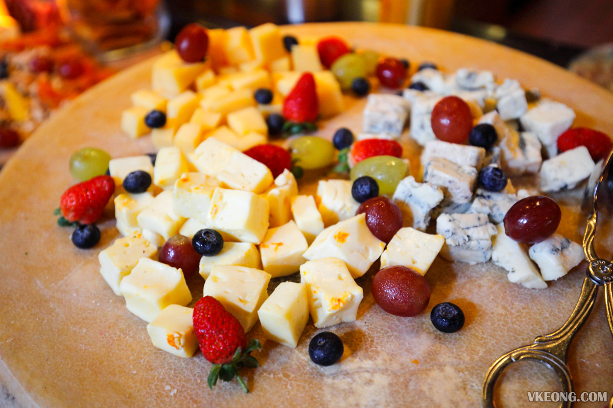 Villa Danieli Italian Prosecco Brunch Cheese