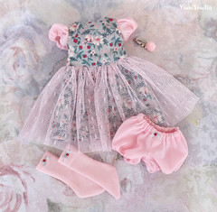 yumistudio_Pink_gray_dress_1