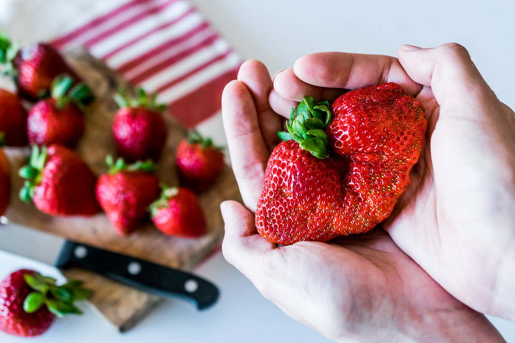 the biggest strawberry in the world