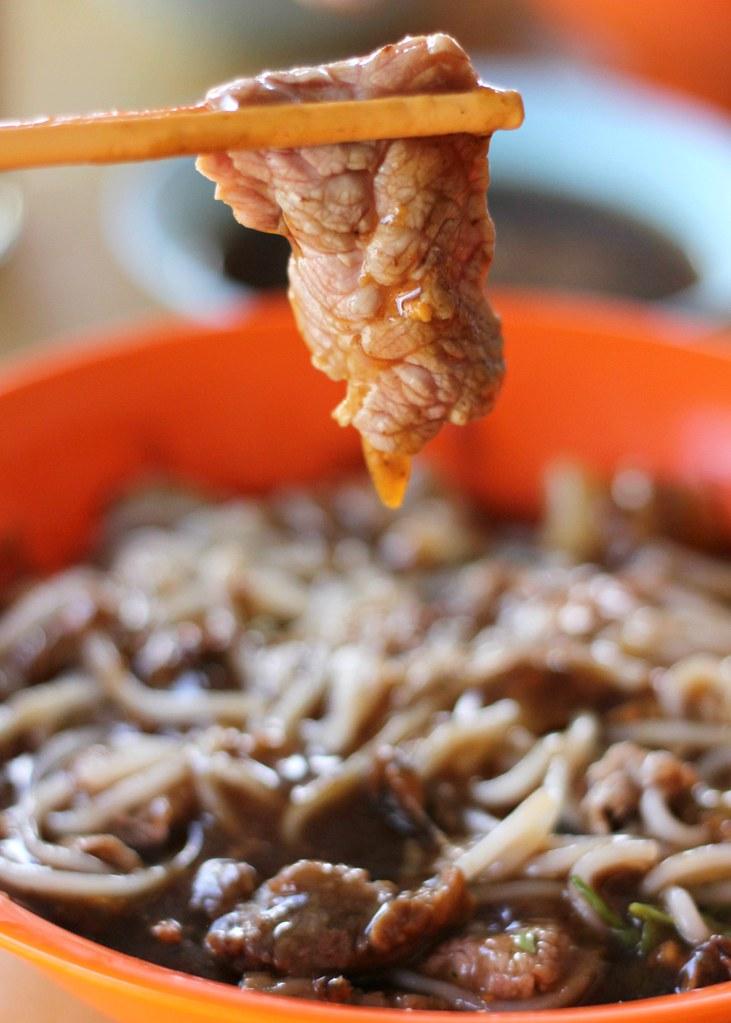 zheng-yi-hainanese-beef-noodles-beef