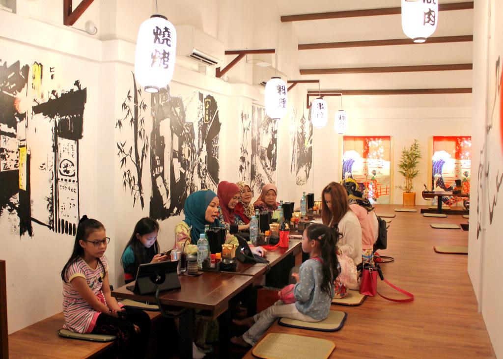 hararu-izakaya-tatami-dining