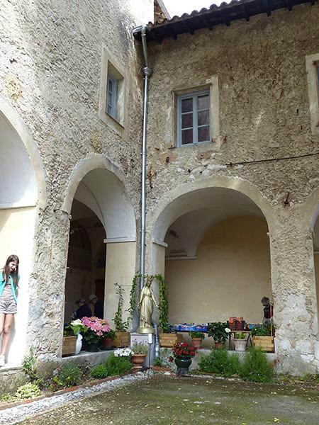 vierge du monastère