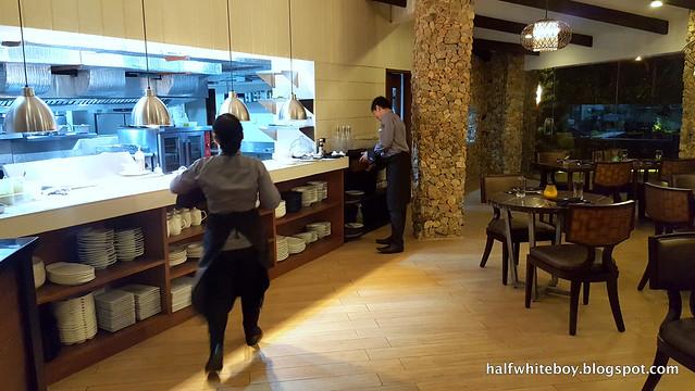 halfwhiteboy - kayu kitchen + bar 07
