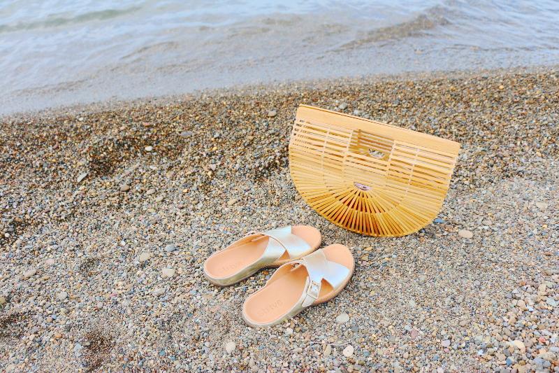 beach-ark-bag-strive-footwear-10