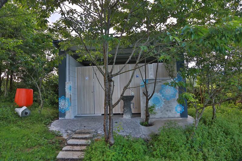 營本部旁的衛浴