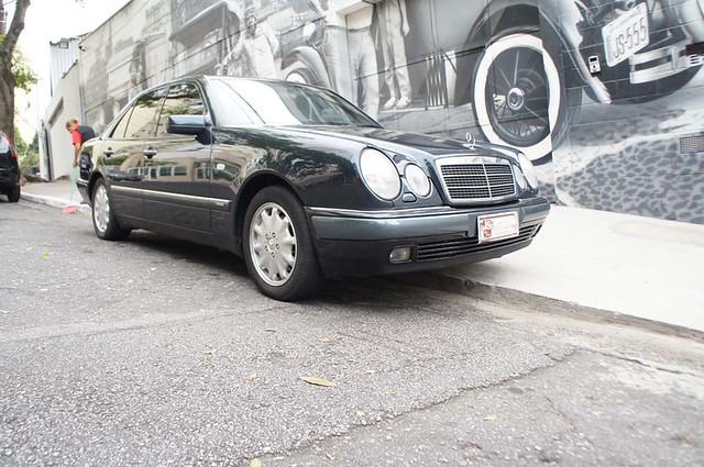 Mercedes Benz 1997 E320