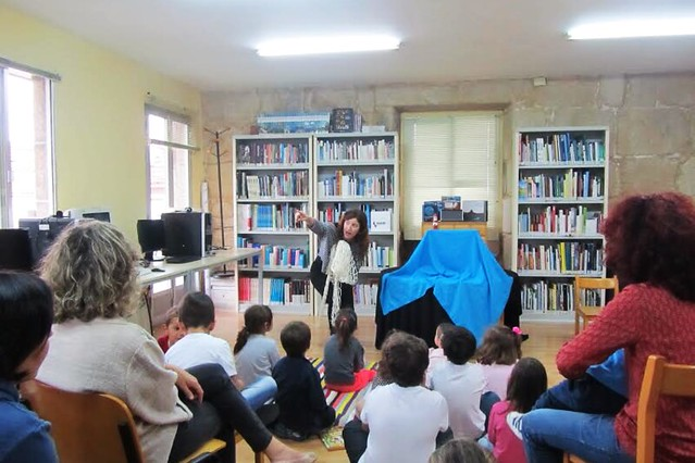 Mariña na Biblioteca de Darbo