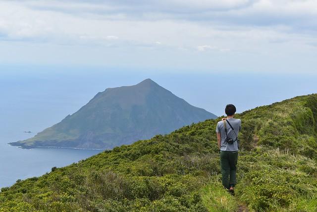 八丈富士からの八丈小島