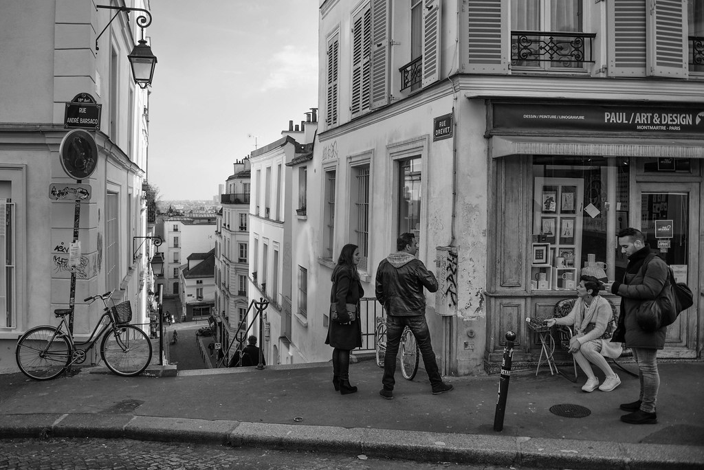 Ein Treffen mit Freunden in Paris