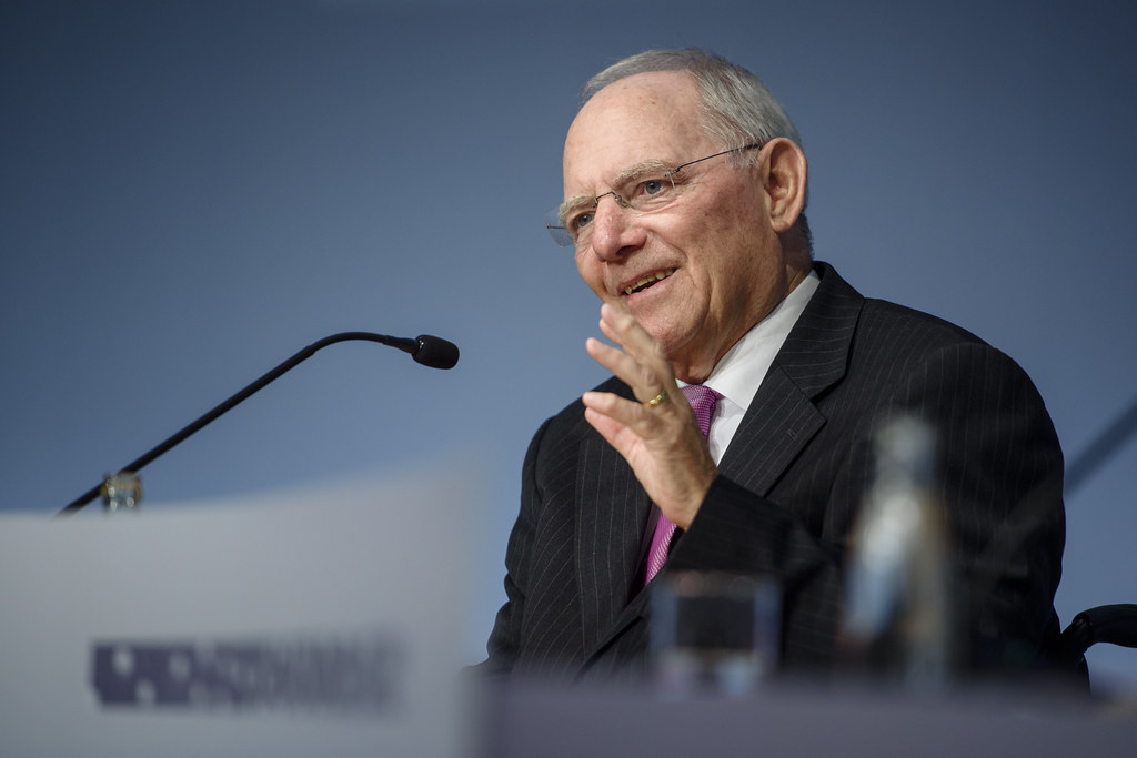德國聯邦財務部長蕭伯樂(Wolfgang Schäuble)。攝影:Gregor Fischer;圖片來源:Bankenverband(CC BY 2.0)