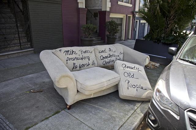 Politics of Sofa Free
