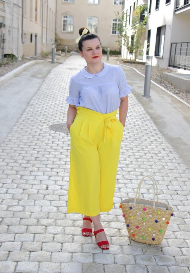 jupe_culotte_jaune_panier_pompons_conseils_blog_mode_la_rochelle_3