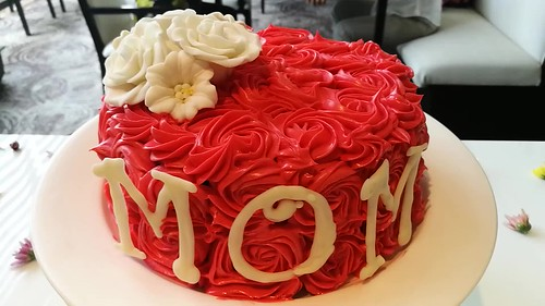 (CLICK TO SEE VIDEO) DavaoFoodTripS.com | Mother's Day cakes - Blissful MOMents Only For The Best Mom at Misto Seda Abreeza IMG_20170427_121110