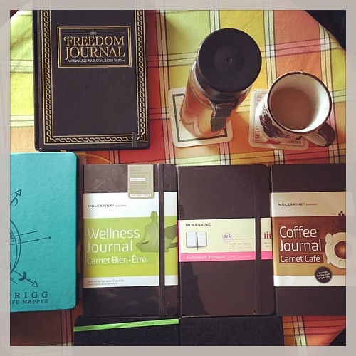 Catching up with stuff... The Freedom 📓 Journal, Trigg Life Mapper calendar, Moleskine Evernote notebooks, Moleskine storyboard notebook, wellness & coffee journals. Yerba Mate and Himalayan black tea with a splash of milk.